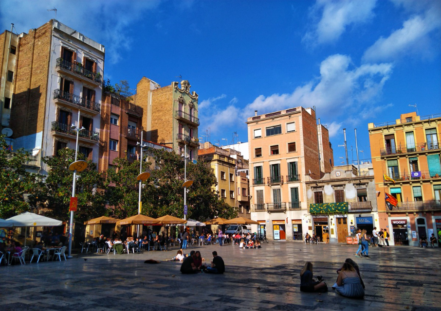 Plaza del Sol in Vila de Gràcia, Barcelona