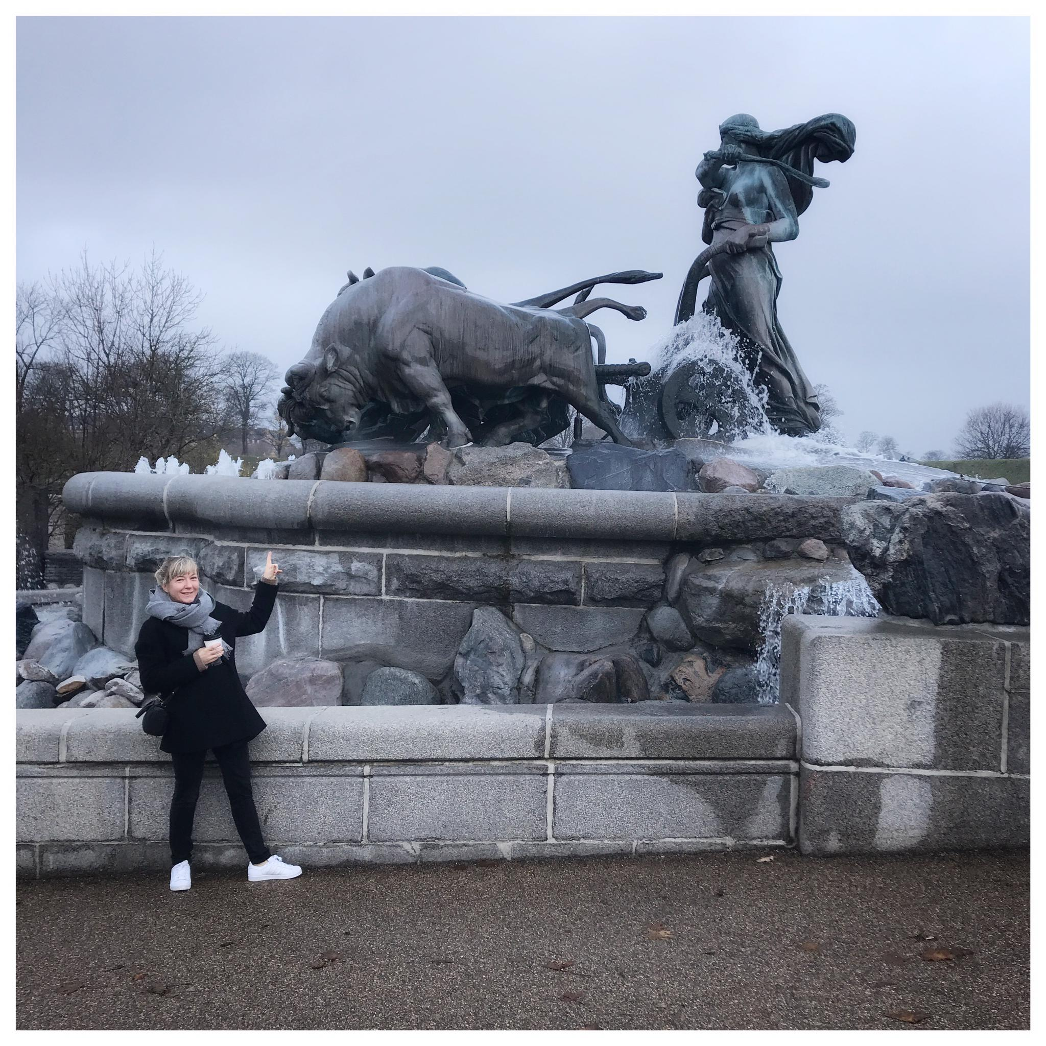 Julie Marie Kjersem standing in front of the Gefion Statue
